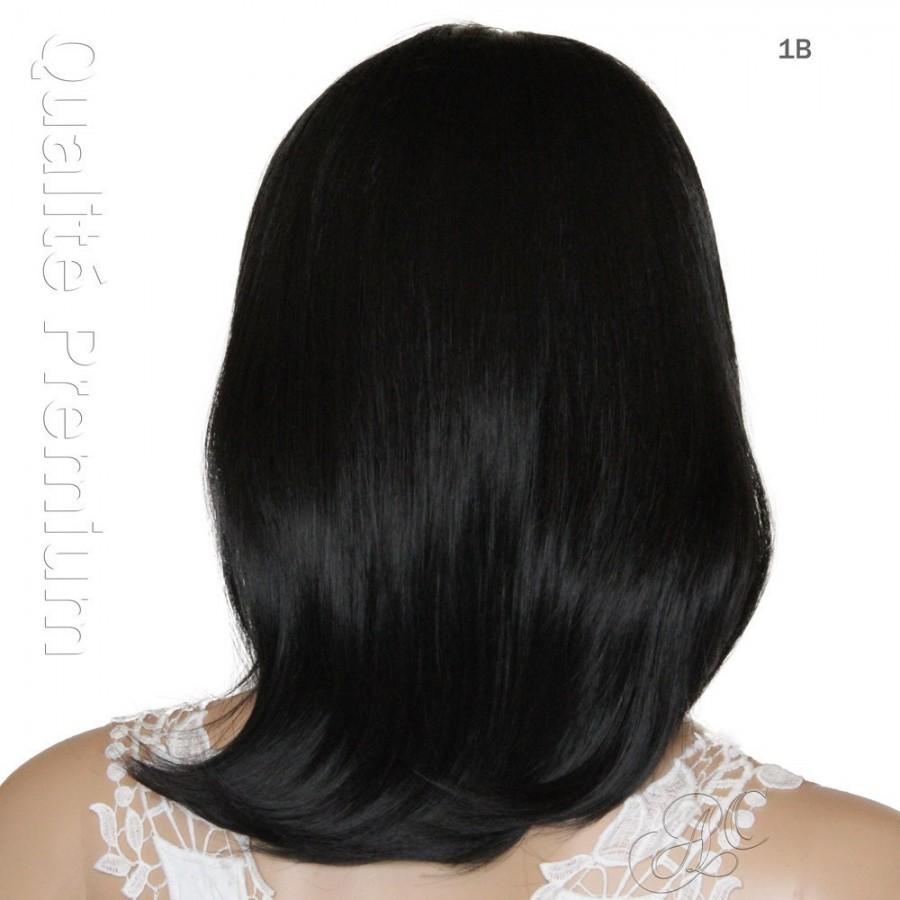 Perruque mi longue semi-naturelle, un style féminin