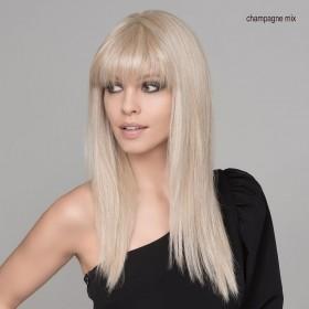 Perruque longue Futura Fiber, une coiffure raffinée