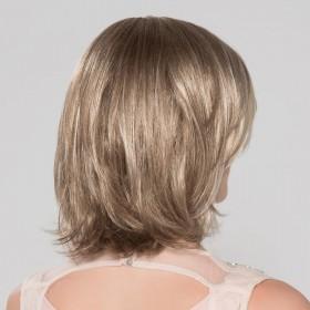 Perruque mi longue, coupe au carré, une coiffure tendance