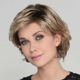 Perruque courte monofilament, un style très féminin